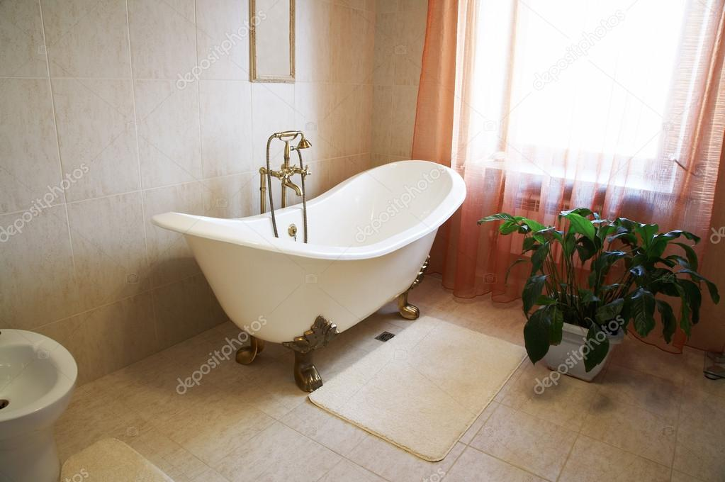 Standard Bathtub